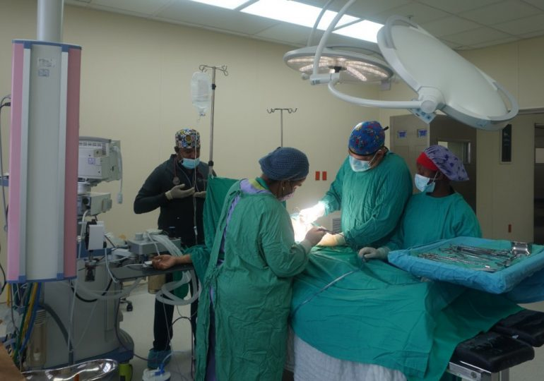 Hospital Materno Dr. Reynaldo Almánzar realiza 15 cesáreas en jornada de cirugías