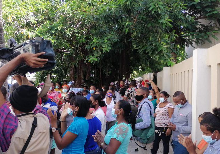 VIDEO | Desalojados de La Mina San Isidro interponen querella contra Ministro de Defensa