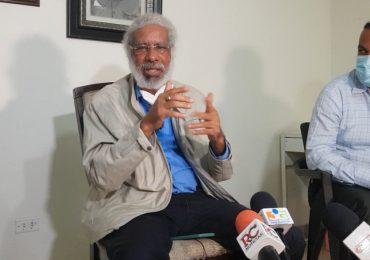 Juan Hubieres pide auditoría a la gestión anterior del INTRANT
