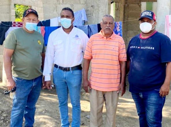 INVI llega a familias afectadas por incendio en Montecristi