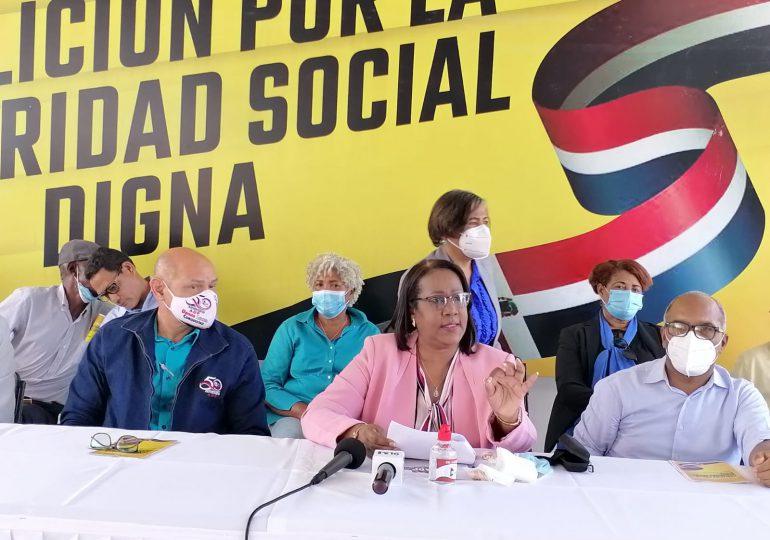 VIDEO   Organizaciones gremiales demandan sustitución de ARS privadas por un seguro nacional de salud público