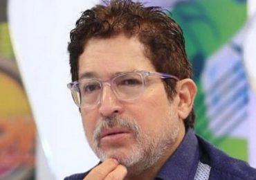 Insensibilidad | Usuarios preocupados por relación de Iván Ruiz con chófer militar, que por los dos fallecidos