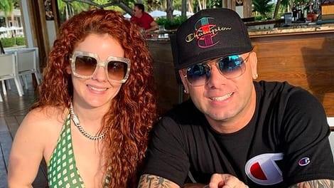 Wisin y su esposa serán padres por cuarta vez