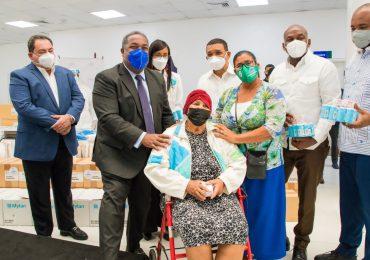 Gabinete de Política Social entrega medicamentos para pacientes con cáncer