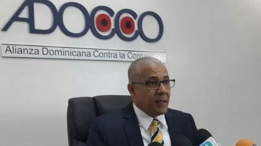 Video   ADOCCO pide al PEPCA investigar denuncias por supuesta corrupción en Aeropuerto de Bávaro