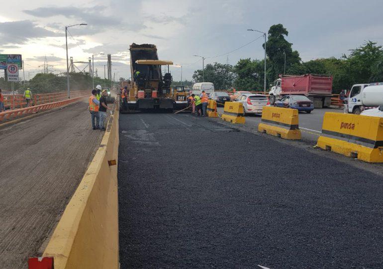 Trabajos de remozamiento del puente Juan Bosch avanzan de acuerdo al cronograma