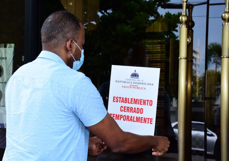 """Ministerio de Salud cierra restaurante """"Peperoni"""" por violar protocolo de salud"""