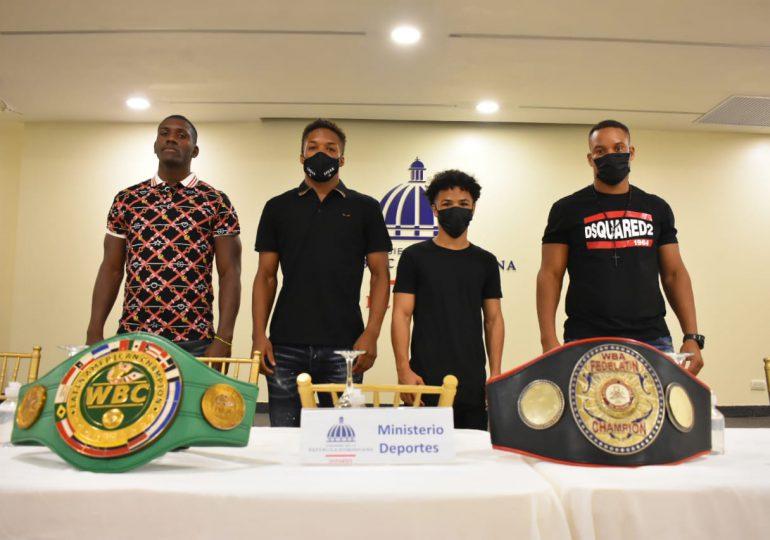Dos boxeadores cubanos harán debut profesional en República Dominicana