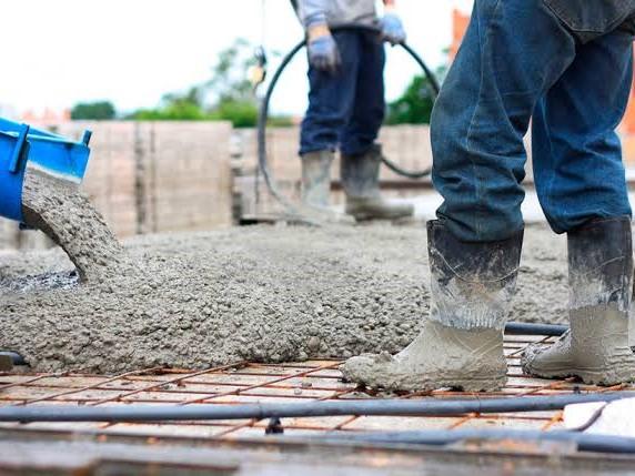Productores de cemento presentan informe de logros y desafíos de la industria