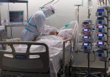Coronavirus RD | Reportan 882 nuevos casos, ocho muertes y 65% ocupación camas UCI