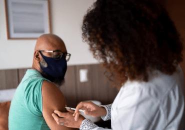 Uber ofrecerá 12,000 viajes gratis para centros de vacunación