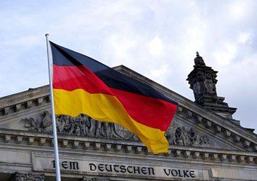 Alemania facilita la naturalización para descendientes de víctimas del nazismo