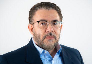 """""""La comida más cara mientras se mantienen salarios de hambre"""", afirma Guillermo Moreno"""