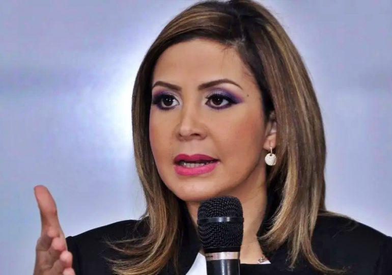Rosalba Ramos emplaza públicamente a Juan Medina para que responda por acoso
