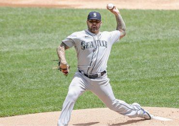 Héctor Santiago es el primer pitcher sancionado por sustancias
