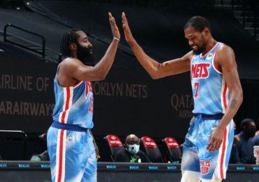 Kevin Durant revela que piensa de James Harden para el juego 7