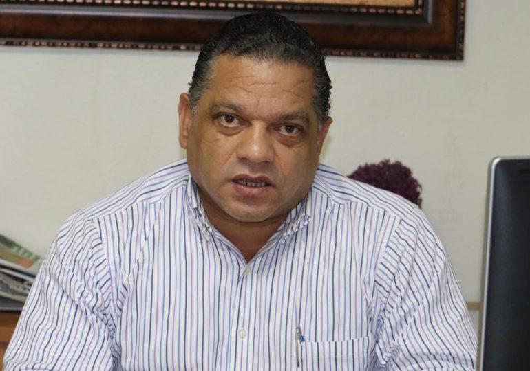 Piden al TC declarar inconstitucional el artículo prohíbe reelección de Luis Abinader