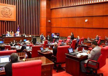 Senado aprueba proyecto de Ley que valida multas por violar toque de queda