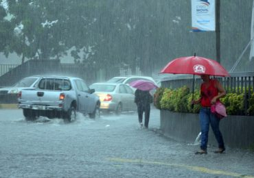 Onamet mantiene bajo alerta meteorológica a 4 provincias debido a incidencia de vaguada