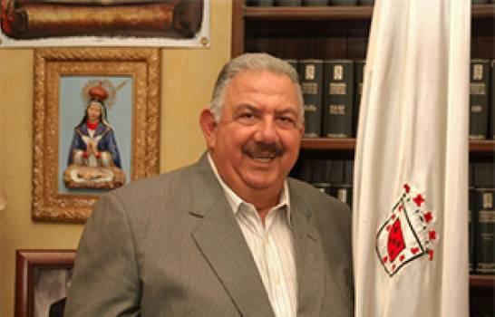Restos de José Enrique Sued serán expuestos en Funeraria Blandino de Santiago