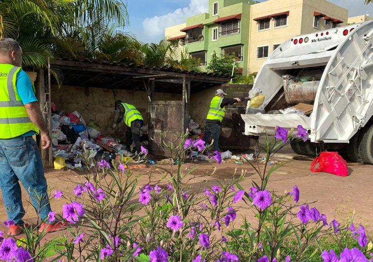 Ayuntamiento SDE rescinde contrato con empresa y asume recogida de basura en circunscripción