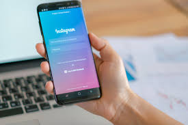 Instagram agrega herramientas de seguridad tras críticos por su servicio para menores de edad