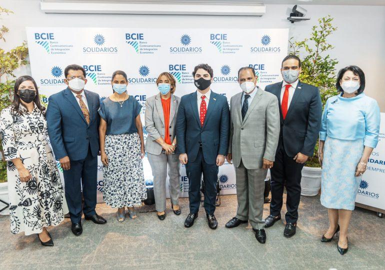 Lanzan premios BCIE-Solidarios para reconocer a microempresas destacadas en Latinoamérica