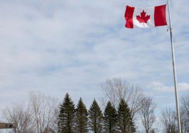 """Canadá impedirá ingreso de turistas no vacunados por """"bastante tiempo"""", dice Trudeau"""