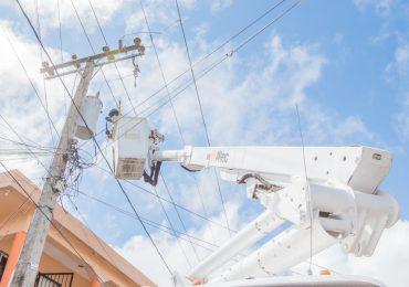 El 98.7% de los clientes de Edesur cuenta con energía eléctrica tras paso de Elsa