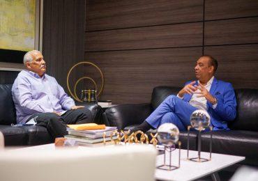 Ministro Deligne Ascención recibe a ex vicepresidente Jaime David Fernández Mirabal
