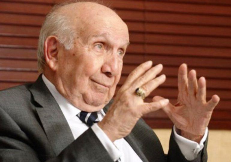 Vincho Castillo celebra sus 90 años