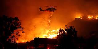 Arde el oeste de Estados Unidos; firma eléctrica de California en la picota