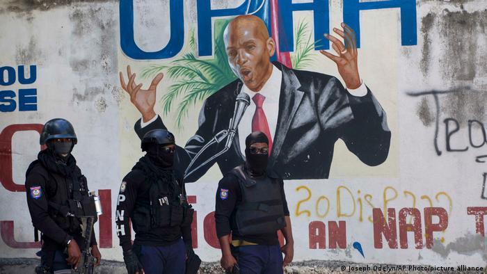 Dos agentes de seguridad del asesinado presidente de Haití ignoran llamados del fiscal