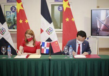 RD y China estrechan lazos de cooperación en beneficio de artesanos y productores