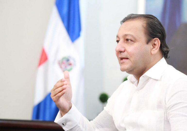 Abel Martínez manifiesta preocupación por contaminación Río Yaque del Norte