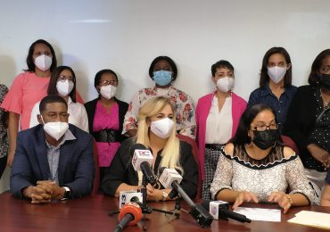 Médicos familiares denuncian abandono e incentidumbre por el SNS