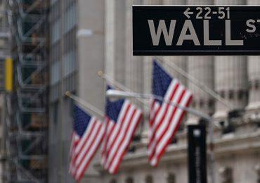 Wall Street abre en rojo tras conocerse la fuerte inflación en EEUU