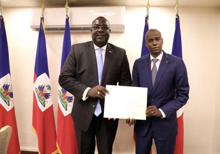 """Asesinos del presidente haitiano eran mercenarios """"profesionales"""", según Embajador de Haití en EEUU"""