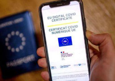 Entra en vigencia el pasaporte sanitario en Francia