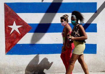 Bolivia dona a Cuba alimentos e insumos contra el Covid-19 y critica embargo de EEUU