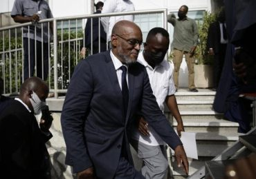 Primer ministro de Haití promete elecciones libres lo antes posible