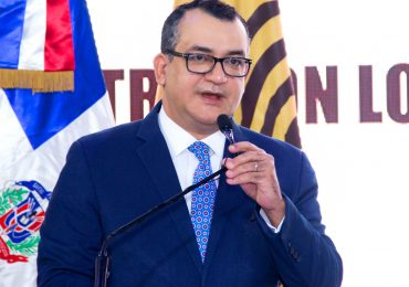 """""""No considerar a JCE en el presupuesto complementario afecta ejecución de proyectos"""", dice Román Jáquez"""