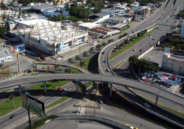 Obras Públicas asegura grieta en elevado Kennedy-Churchil no presenta peligro inminente