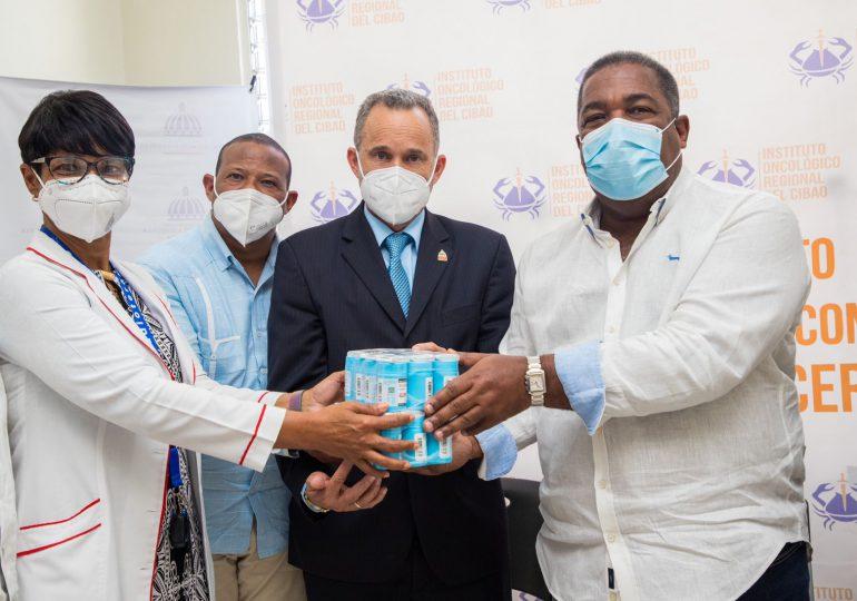 Entregan 80 millones en medicamentos para pacientes con cáncer al Instituto Oncológico del Cibao