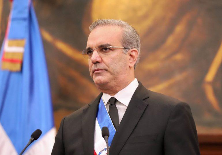 Presidente Abinader lamenta fallecimiento del merenguero Jhonny Ventura
