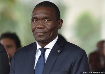 Nuevo presidente de Haití dice espera reabrir el camino para la democracia