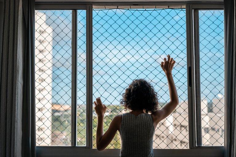 La pandemia tendrá un impacto a largo plazo en la salud mental global: cómo enfrentar esta crisis