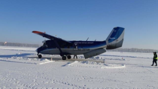 Encuentran vivas las 18 personas del avión desaparecido en Siberia, informa agencia aérea rusa