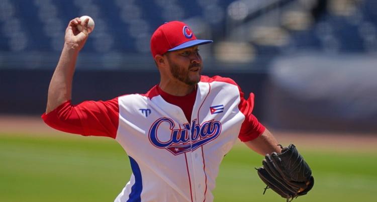 Lanzador cubano Lázaro Blanco firma con Estrellas Orientales