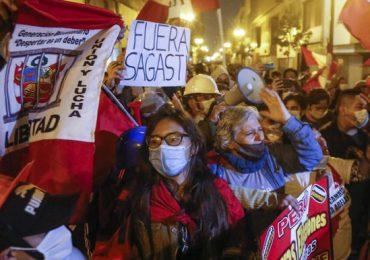 Perú conmemora 200 años de independencia de España sin definir a su próximo presidente